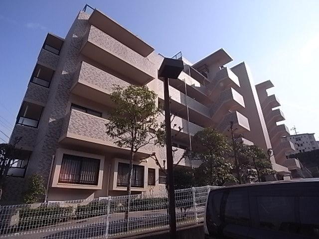 六 番館 香椎 ベルヴィ 副業の優等生、JR九州が放置した「傾斜マンション」の罪