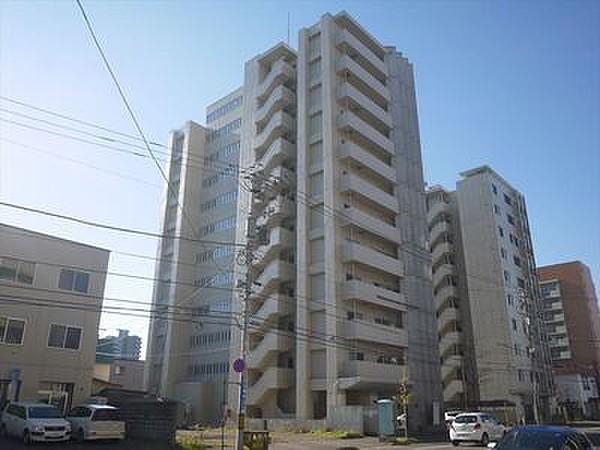 グランカーサ永山公園通east