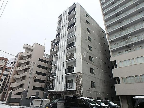 札幌市中央区大通西のマンション