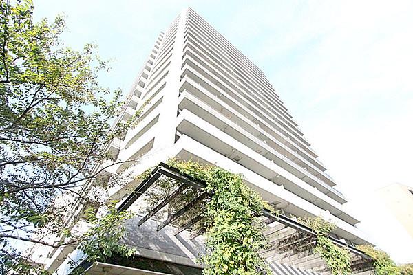 ル・サンクアイリスタワー